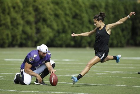 Carli Lloyd Receives Offers to Kick in the NFL